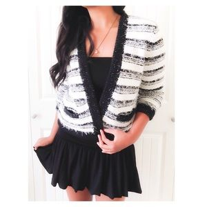 CalvinKlein Fuzzy Black&White StripedCrop Sweater
